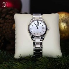 What are you getting the special lady in your life? How about this TAG Heuer Carrera with a mother of pearl face. #ladiesday #TAG #watchmaster #tagheuer #passionforwatches #watch #watches #time #timepiece #luxury #luxurywatches #luxurywatch