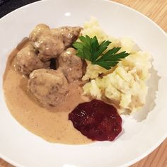 Swedish Meatballs [OC] http://ift.tt/2d7Eyok