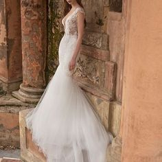 Glamorous @persy_fashion blending sensuality and youthful sophistication!! #PersyFashion