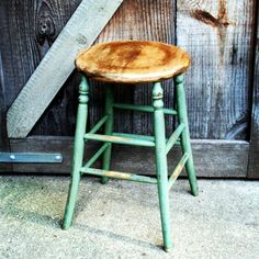 Great looking antique wooden stool in hand mixed milk paint. #antique #vintage #vintagechic #vintagehome #vintagelook #vintageindustrial #country #home #homedecor #industrial #interiordesign #industrialstyle #stool #milkpaint #hindsstudio #springfieldil #barrelantiquemall #522 #forsale
