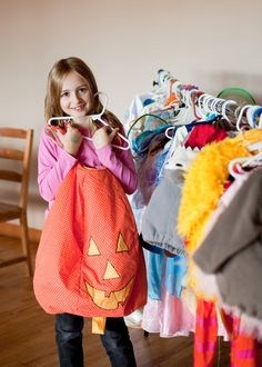 Create a healthier Halloween for your family by choosing secondhand costumes, nontoxic face paints, fair trade candy and smart snacks. Smart Snacks, Healthy Halloween, Life Is Good, Have Fun, Good Things, Costumes, Reduce Waste, Tips, Mother Earth