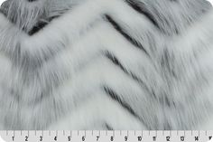Swiss Fox Fur Cream/Gray