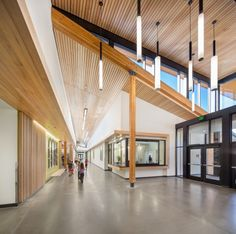 Cascades Academy of Central Oregon Campus / Hennebery Eddy Architects © Josh Partee