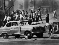 The 1976 Soweto Uprising Student Protest Was Met With Police Violence: Soweto Uprising Roadblock (June Nelson Mandela, Native American Wisdom, American History, Watts Riots, Orlando, Black History Books, Youth Day, Black Image, South Africa