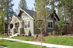 Craftsman Style House Plan - 3 Beds 2 Baths 1749 Sq/Ft Plan #434-17 Photo - Houseplans.com