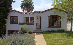 1932 Spanish style house in Highland Park, 599k