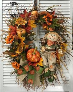 "Who doesn't love scarecrows for Fall? This scarecrow has the sweetest little face. He holds a sign boasting ""Happy Harvest . Autumn Wreaths For Front Door, Easy Fall Wreaths, Diy Fall Wreath, Thanksgiving Wreaths, Summer Wreath, Door Wreaths, Wreath Ideas, Fall Door Decorations, Fall Decor"