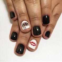 They'll never go ~out of style~. Bad Nails, Cute Nails, Uñas Taylor Swift, Madison Style, November Nails, Pretty Hands, Cute Nail Designs, Nail File, Perfect Nails