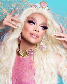 Seashell fantasy @allaboutvalentina by @ernestocasillas #drag #queen #dragqueen #makeup