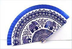 blue elephant wood fan Éventail bois Motif