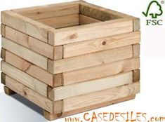 3 Fun And Easy DIY Woodworking Projects That You Can Complete This Weekend Wooden Planter Boxes Diy, Planter Box Plans, Garden Planter Boxes, Diy Planters, Wooden Diy, Wooden Pallet Projects, Small Wood Projects, Woodworking Projects Diy, Woodworking Furniture