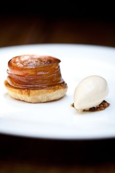 Kikkoman Soy Compressed Apple Tarte Tatin with Caramel Ice Cream | FOUR Magazine #plating #presentation