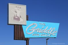 "https://flic.kr/p/z3cwqK   The Griddle - Winnemucca, NV   ""Hey good cookin'!""   Fantastic neon sign outside of The Griddle in Winnemucca, Nevada,"