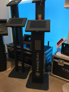 Tabkiosk Stand witch brandable led panel