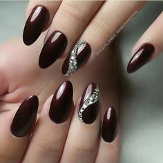 50 Gorgeous Burgundy Nail Color With Designs For Fall Season – Page 48 of 50 – C… - Nageldesign Red Stiletto Nails, Red Acrylic Nails, Glitter Nails, Red Nail, Fancy Nails, Trendy Nails, My Nails, Beautiful Nail Art, Gorgeous Nails