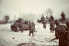 The 11th Panzer Division with a Panzer III near Volokolamsk,1941, 100km from Moscow. -