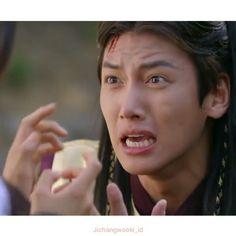 "Ji Chang Wook ""Empress KI"" Cut Episode 4 . . @mecimapro please bring @jichangwook to Indonesia @jichangwook @hajiwon1023 #jichangwook #지창욱 #池昌旭 #チチャンウク #JCW #EmpressKi #Healer #Mr_Right #旋風少女2 #kdrama #hajiwon"