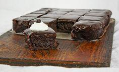 Kávovo-čokoládové brownies.  RECEPT: http://www.mnamkyrecepty.sk/recipe/kavovo-cokoladove-brownies