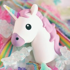Look at this adorable Unicorn Emoji Portable Charger! 😍🦄