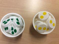 Kahden ja kolmen kertotaulujen harjoitteluun apua maitopurkin korkeista ja väritarroista. Geometry