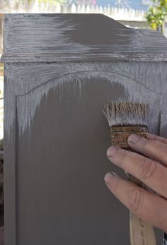 Create a Gorgeous French Grey Aged Patina Finish! I love this beautiful Furniture Painting Technique by Thicketworks. The perfect Farmhouse Look!