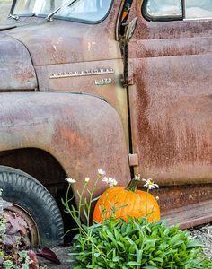 Old truck. The orange and green go great with the rust colors.