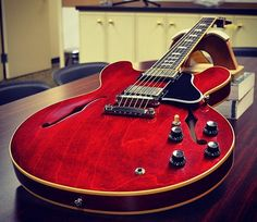 Gibson ES 335 Cherry Red Satin finish.