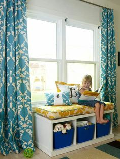 JACK: from Better Homes and Gardens White Home Office Done Right: Best Seat in the House - To create a window seat without the expense of built-ins, just top a bench with a cushion covered in upholstery-grade fabric. Living Room Storage, Furniture, Interior, Diy Window Seat, Home Decor, Storage Furniture Living Room, Kids Bedroom Storage, Home Diy, Window Seat Design