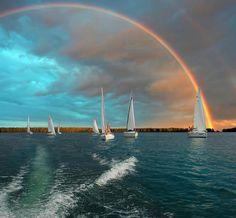 <3 Rainbow, sailing