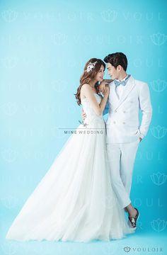 Pre Wedding Poses, Wedding Couple Poses, Pre Wedding Photoshoot, Wedding Pics, Wedding Shoot, Wedding Couples, Wedding Bride, Wedding Styles, Wedding 2017