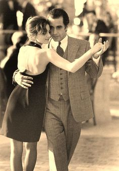 "Al Pacino in ""Scent of a Woman"" = . There's no mistakes in the Tango, Darlin . you just get tangled & tango on . Films Cinema, Cinema Tv, Al Pacino, Shall We Dance, Lets Dance, I Movie, Movie Stars, Movie Scene, Woman Movie"