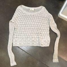 Hollister Sweater! Tan/ cream colored sweater, never worn Hollister Sweaters