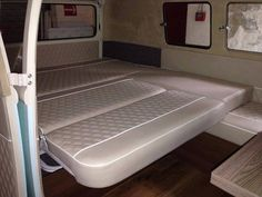 Interior Kombi, Bed, Furniture, Home Decor, Interiors, Homemade Home Decor, Stream Bed, Home Furnishings, Interior Design