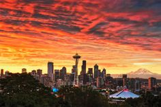 Red Sky over Seattle, Washington, USA (cr. Places Around The World, Oh The Places You'll Go, Places To Visit, Around The Worlds, National Geographic, Beautiful World, Beautiful Places, Romantic Places, Beautiful Scenery