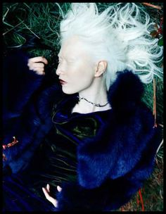 Famous Albino People | Model: Connie ChiuConnie Chiu is a famous Chinese albino model. She is ...