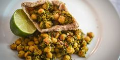 Quick chickpea and spinach curry by Urvashi Roe