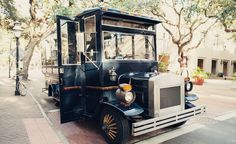 Old city bus for transportation for bridal party