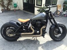 Best classic cars and more! Harley Sportster 1200, Hd Sportster, Harley Bobber, Harley Davidson Sportster, Retro Motorcycle, Bobber Motorcycle, Scooters, 1200 Custom, Hot Bikes