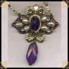 vintage gorgeous necklace