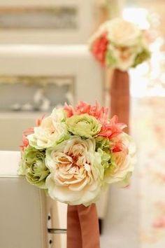 挙式をした人の平均金額は35000円!チャペル・人前式装花の画像まとめ。 - NAVER まとめ Naver, Floral Wreath, Wreaths, Decor, Decorating, Flower Crowns, Door Wreaths, Deco Mesh Wreaths, Inredning