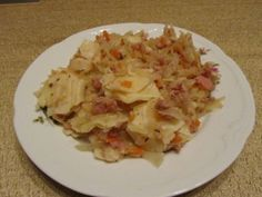 Łazanki z kapustą i mielonym Cabbage, Vegetables, Recipes, Food, Rezepte, Veggie Food, Food Recipes, Cabbages, Vegetable Recipes