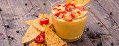 Vegan, fettarm und suuuper lecker - das ist die weltbeste Käse-Soße ohne Käse! Wie du die Leckerei selber herstellen kannst - hier gibt's das Rezept!
