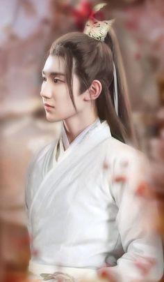Wang Yuan / TFBOYS in Hanfu (Han Chinese Costumes)