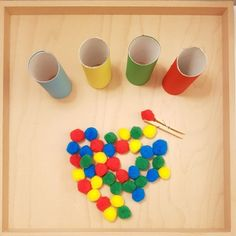 Schnelles DIY zum Farben lernen – The Montbox quick DIY for playful colors in kindergarten. Diy Montessori, Montessori Activities, Toddler Learning Activities, Infant Activities, Kindergarten Lesson Plans, Kindergarten Colors, Teaching Kindergarten, Learning Colors, Fine Motor