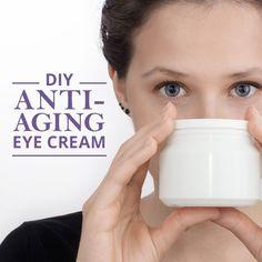 DIY Anti-Aging Eye Cream. Try it out!  #diyeyecream #DIY #beautyproducts Anti Aging Treatments, Skin Treatments, Fairness Cream, Anti Aging Eye Cream, Homemade Facials, Homemade Beauty Products, Diy Skin Care, Beauty Recipe, Beauty Skin