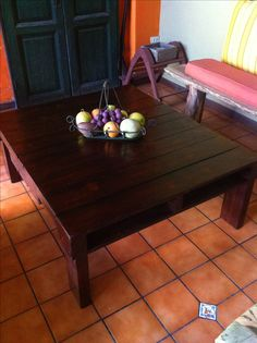 Wooden palets table❤  Tommy will be making this for me but counter height for a breakfast table.