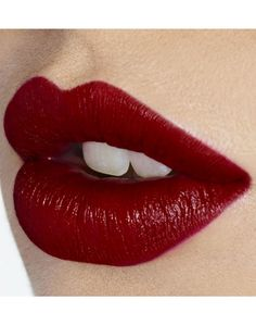 THE PERFECT #RED KISS - Lips- Charlotte Tilbury #lips #beautyinthebag