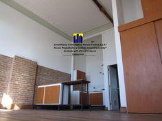 Alcave Propiedades & Gestión Inmobiliaria Ltda®, es una Corredora de Bienes Raíces, compuesta por Profesionales del área, como Arquitectos, Abogados, Contadores Auditores, con una alta formación académica. Todos Corredores de Propiedades acreditados y certificados, con amplia experiencia en el Sector residencial y desarrollo de Proyectos Inmobiliarios.