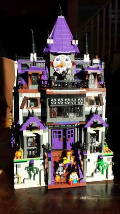 Minecraft Pixel Art, Minecraft Skins, Minecraft Buildings, Lego Haunted House, Lego Calendar, Lego Table Ikea, Lego Scooby Doo, Lego Halloween, Lego Display