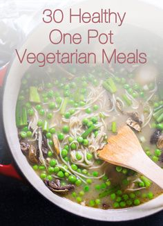 30 Healthy One Pot Vegetarian Meals is a roundup of easy hearty dinners including pasta, quinoa, beans and tons of vegetables that cook in one pot. | ifoodreal.com